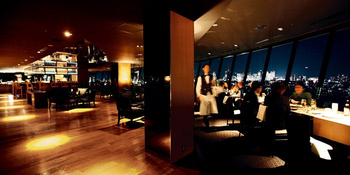 VIEW �� DINING THE Sky�^�z�e���j���[�I�[�^�j