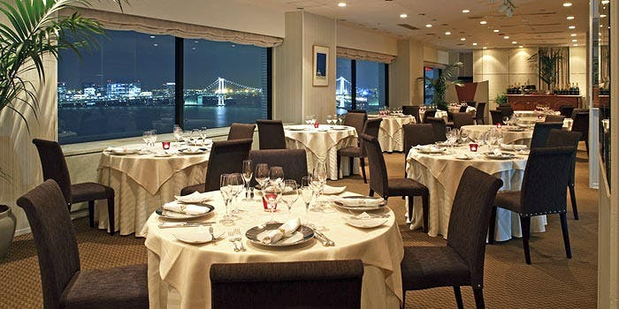 フレンチレストラン ベイサイド/ホテルアジュール竹芝 1枚目の写真