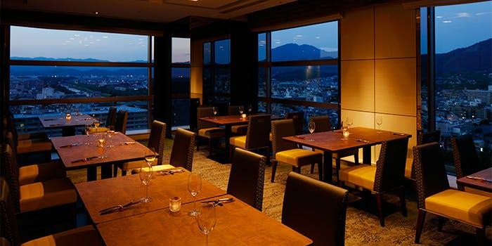 トップラウンジ オリゾンテ/京都ホテルオークラ 5枚目の写真