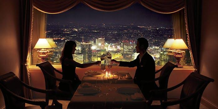 ル シエール/横浜ロイヤルパークホテル 68階 3枚目の写真