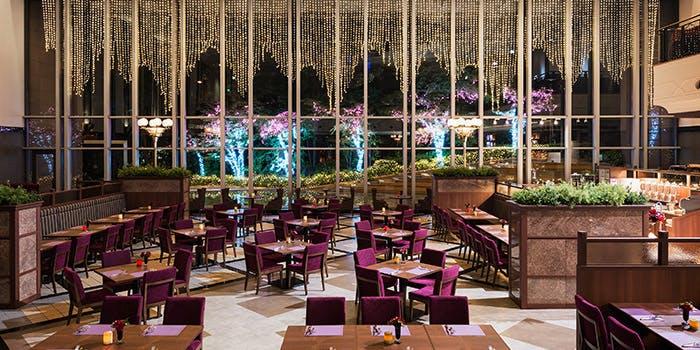 ビュッフェ&カフェレストラン ナイト&デイ/ホテル阪急インターナショナル内