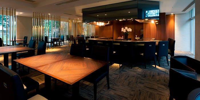 鉄板焼 銀明翠/ホテルリゾート&レストラン マースガーデンウッド御殿場 1枚目の写真