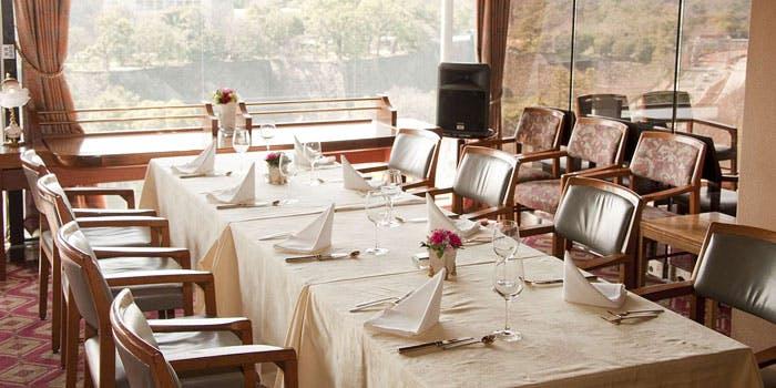 レストランアラスカ パレスサイド店