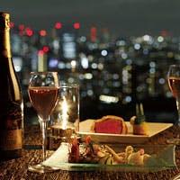 料理と夜景イメージ