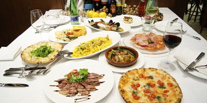 Trattoria e Pizzeria PAPPARE NAPOLI 6枚目の写真