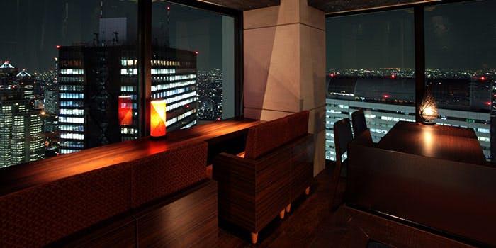 星空の中へ/新宿野村ビル50F 4枚目の写真