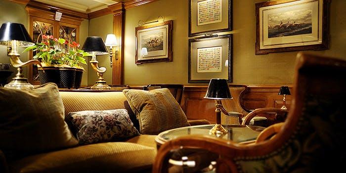 メインバー ロイヤル アスコット/横浜ロイヤルパークホテル 4枚目の写真