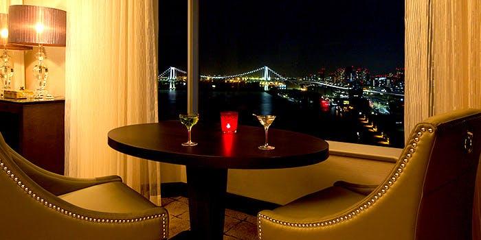 東京ベイナイトバー スカイビューラウンジ/ホテル インターコンチネンタル 東京ベイ 2枚目の写真