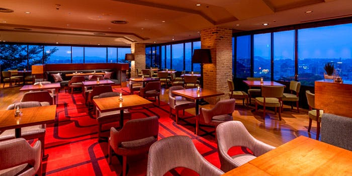 メインダイニング カバーナ/アゴーラ福岡山の上ホテル&スパ 2枚目の写真