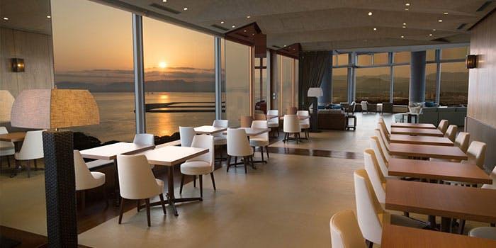 スカイラウンジ トップ オブ ヒロシマ/グランドプリンスホテル広島 2枚目の写真