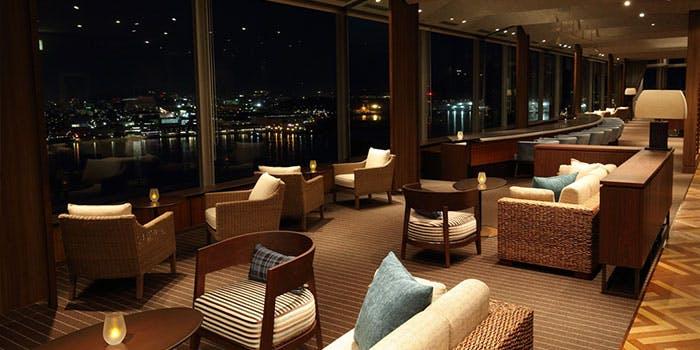 スカイラウンジ トップ オブ ヒロシマ/グランドプリンスホテル広島 3枚目の写真