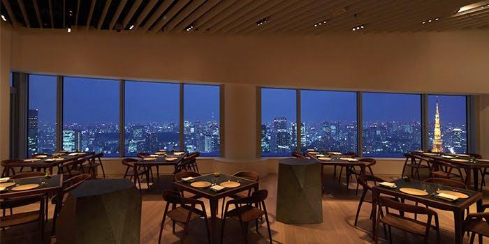 Museum Restaurant THE MOON�^�Z�{�q���Y�X�^���[52F