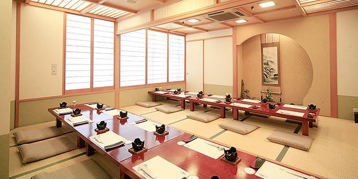 季節料理・ふく料理 春帆楼 広島店 2枚目の写真