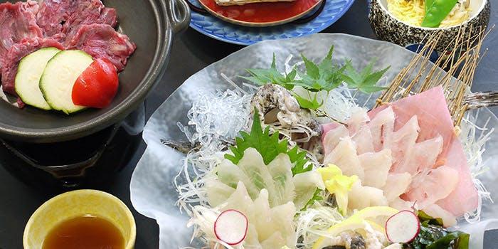 季節料理・ふく料理 春帆楼 広島店 8枚目の写真