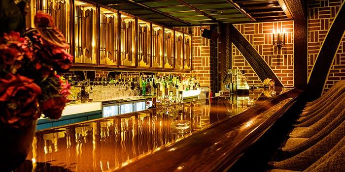 バー「カルーザル」/ホテルメトロポリタン エドモント 2枚目の写真