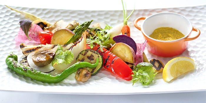 Grill & Dining G�^�y���}���I�b�g�z�e��