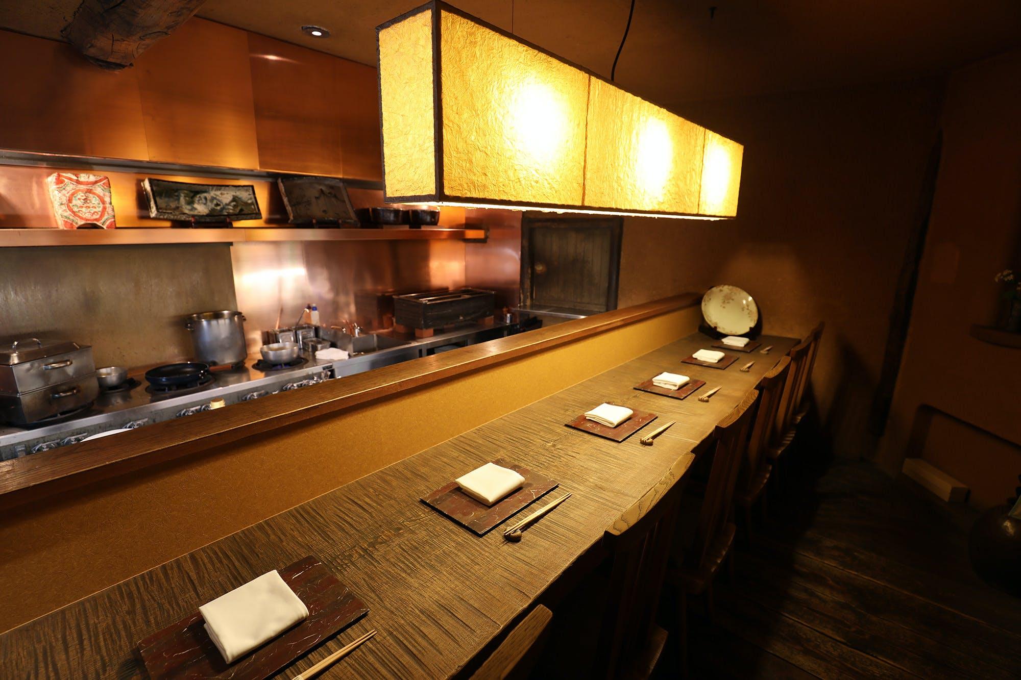 日本料理 赤坂 紙音