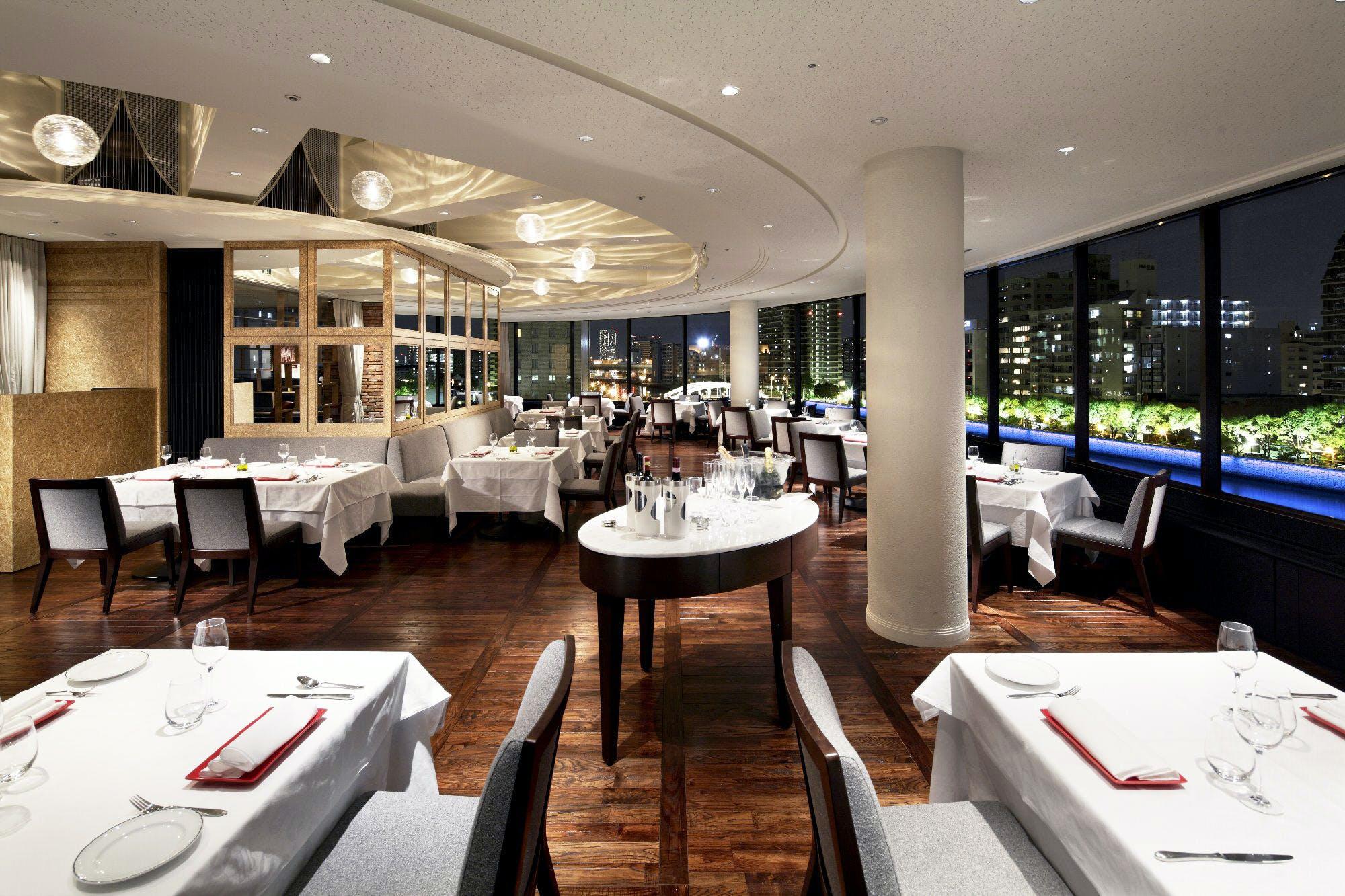 イタリアンレストラン ベラコスタ リーガロイヤルホテル内