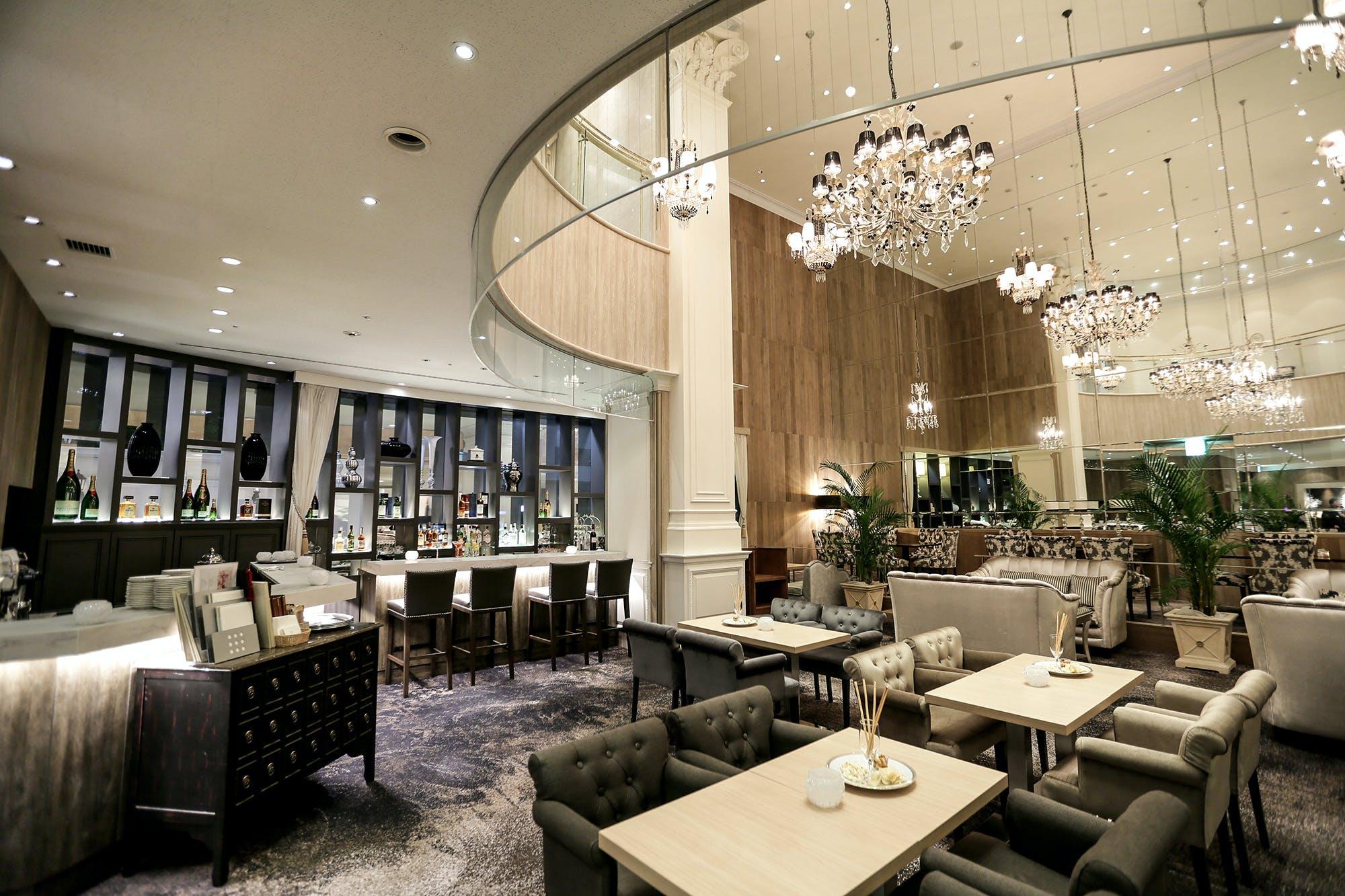 カフェ&ブッフェ W cafe/サーウィンストンホテル