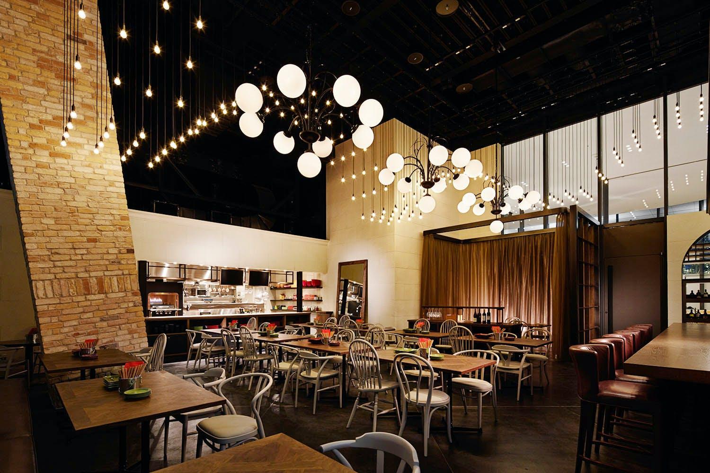 Dining&Bar LAVAROCK/コートヤード・バイ・マリオット 東京ステーション