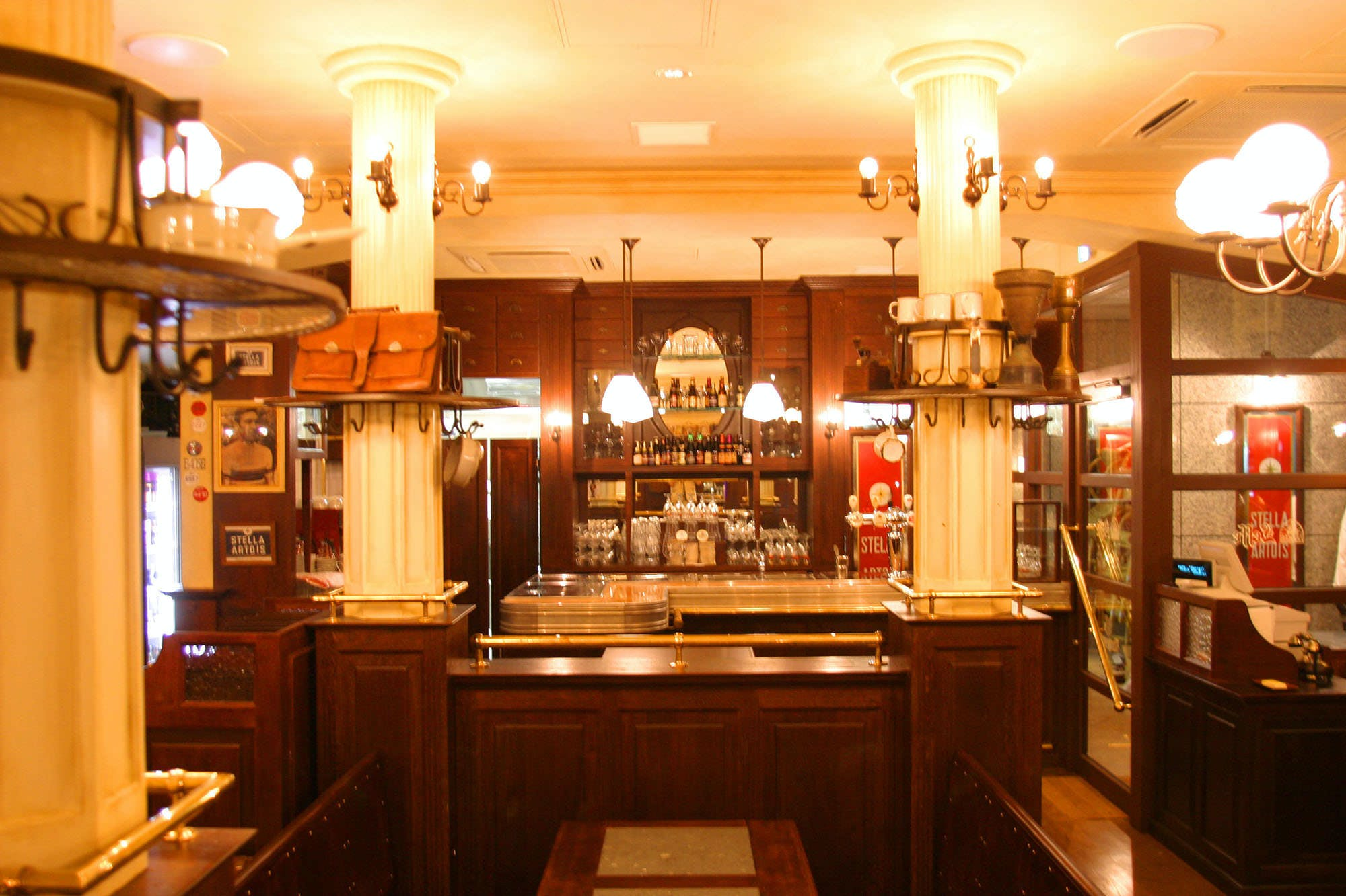 Belgian Brasserie Court BARREL