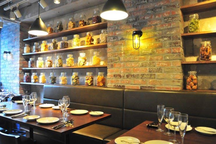 Bacca Grill & Winebar