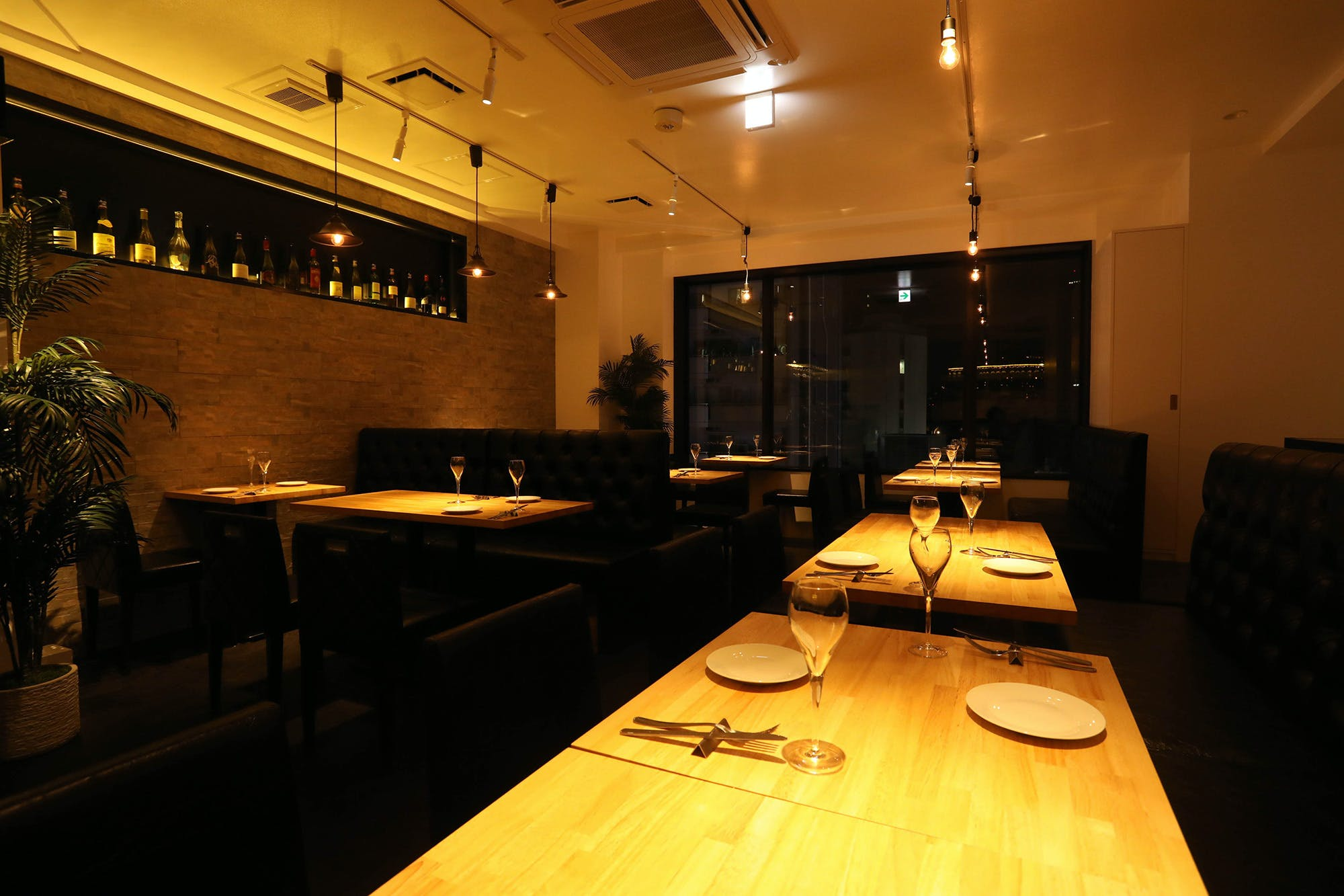 T8 Steak House �b���