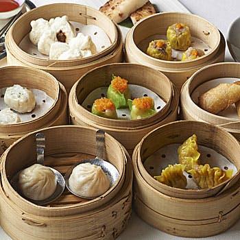 【平日限定価格】約30種の中国料理をお好きなだけ!前菜、美肌スープや高級点心も楽しめるオーダーブッフェ