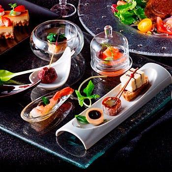 【独創的なグローバルキュイジーヌ】タパス7種+肉or魚の選べるメイン+デザート!開放的な空間で堪能