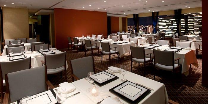 1位 フランス料理/個室予約可「フレンチレストラン フルーヴ」の写真1