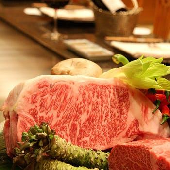 【鉄板焼ランチ】海鮮、国産牛フィレなど全7品「百合」コース 通常価格8,570円→7,700円