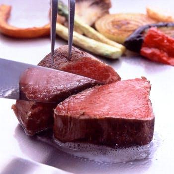 【乾杯シャンパン付】最高級和牛「松坂牛サーロインステーキ」を贅沢に舌鼓!ガーリックライスも選択可
