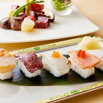 【平日限定】 ホテル最上階!選べるメイン,焼き寿司5貫等を味わう!ライブ感溢れる鉄板焼をご堪能ください