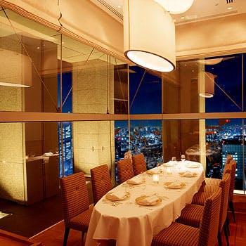 【リクエスト予約】個室確約×2時間飲み放題!老舗の本格広東料理やフカヒレスープなど贅沢に堪能全7品