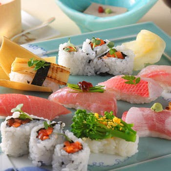 【人気の寿司ランチ】 昼から贅沢にぎり寿司御膳 乾杯ドリンク付き 通常7150円→4,800円 (32%OFF)