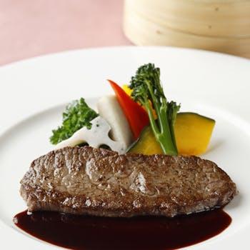 【平日限定】ホテル最上階のフレンチを気軽に!スープ+選べるメイン+食後のお飲み物のエキスプレスセット