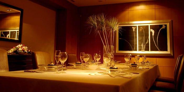 シェラトン都ホテル大阪にあるレストランゆうの内観