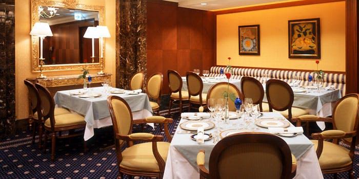4位 フランス料理/個室予約可「ローズルーム」の写真2