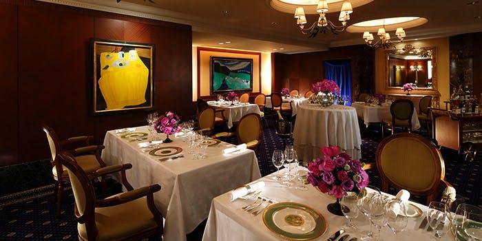 4位 フランス料理/個室予約可「ローズルーム」の写真1
