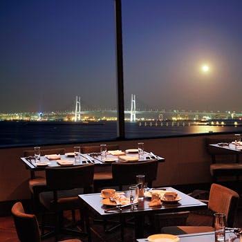 【Chefs Special】お肉×お魚のWメイン!季節の厳選食材を使った一夜限りのスペシャルフルコースディナー