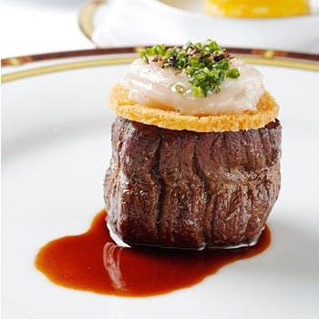 【一休限定 1ドリンク付!】全4品ランチコース<前菜・魚料理・厳撰国産牛のソテー・デザート> 15,400円
