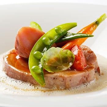 【一休限定 1ドリンク付!】 全4品ランチコース<前菜・魚料理・肉料理・デザート> 9,680円