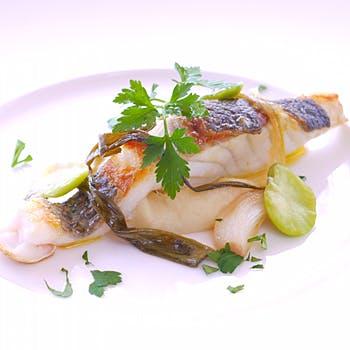 隠れ家で楽しむ絶品ディナー!お魚かお肉を選べるメイン、前菜、パスタ、メインなど全6品!お1人様8,250円