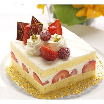 【記念日ランチプラン】特製ケーキやアレンジメントフラワーなど特典付!メインはサーロインを愉しむコース