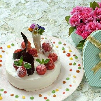 【一休×記念日】ホールケーキ&1ドリンク!前菜2品・魚料理・メインは牛フィレステーキとフォアグラ全6品