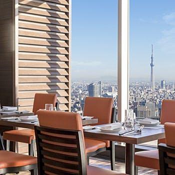 【一休限定】乾杯スパークリングorコーヒーお代わり自由!地上47階の絶景を眺めながら選べるメイン等全4品