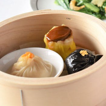 【平日限定】厳選14種類 選べる中国茶付き 人気の手作り点心やスイーツを堪能!点心アフタヌーンティー