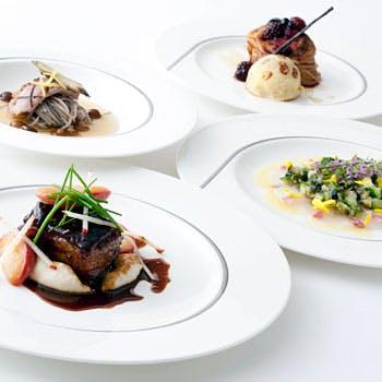 【一休限定】フリードリンク付き 旬の食材をふんだんに使用したシーズナルディナー4品コース特別プラン!