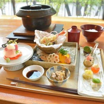 【個室確約/囲弁当3,000円】産直鮮魚のお造りや時季のお料理をモダンな空間で愉しむ+甘味付