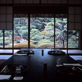 岡崎 つる家の写真